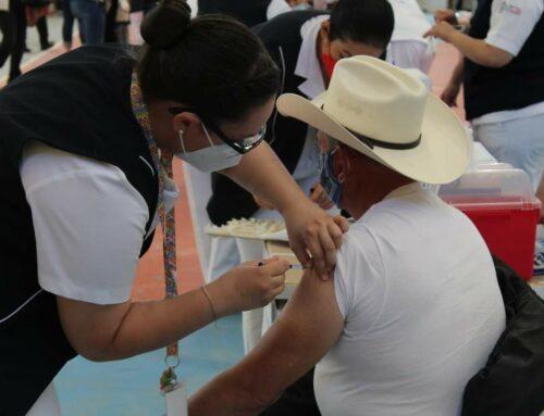 En mayo, vacuna para adultos de entre 45 y 60 años