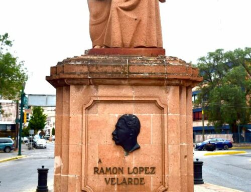 Desaparece escultura de López Velarde; artista lo evidencia