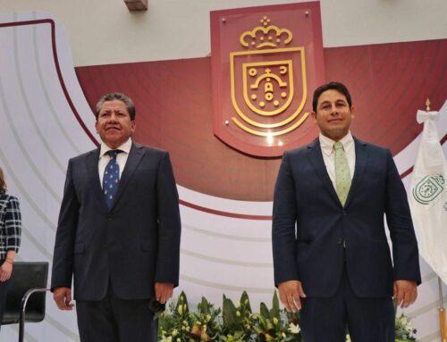 PARO Y MANIFESTACIONES POR FALTA DE PAGO A MAESTROS Y BURÓCRATAS