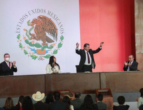 Rinde protesta David Monreal como gobernador de Zacatecas